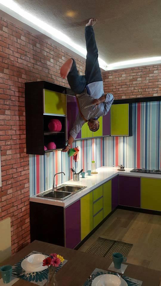 Upside Down House KL tempat menarik di KL