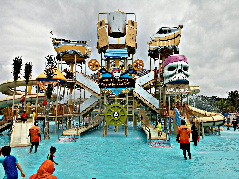 PicsArt_12-12-09.01.24 Of Bangi Wonderland Theme Park & Resort Di Selangor Lokasi Mandi Manda Yang Sangat Indah Untuk Pelancong