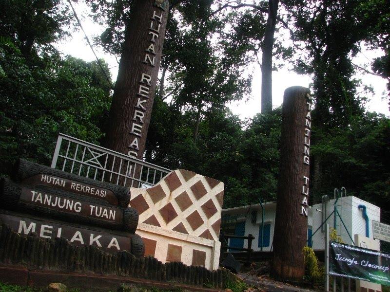 Air Terjun Ayer Putih Di Johor Lokasi Yang Terhebat Kenali Melaka Pekan Pekan Kecil Of Air Terjun Ayer Putih Di Johor Lokasi Mandi Manda Yang Sangat Permai Untuk Pelancong