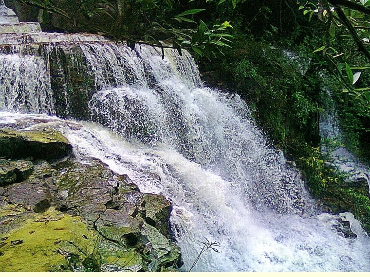 Air Terjun Buaya Sangkut Di Johor Lokasi Yang Hebat Endau Beach Resort Pahang Findbulous Travel Of Air Terjun Buaya Sangkut Di Johor Lokasi Mandi Manda Yang Permai Untuk Pelancong
