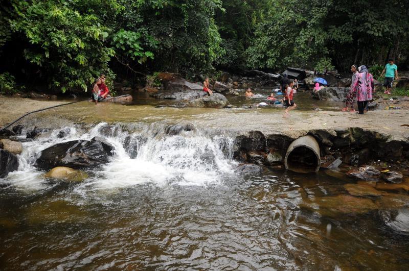 Air Terjun Congkak Di Selangor Lokasi Yang Terbaik Cuti Sekolah Elak Kunjungi Kawasan Terdedah Dengan Kencing Tikus Of Air Terjun Congkak Di Selangor Lokasi Mandi Manda Yang Terbaik Untuk Pelawat