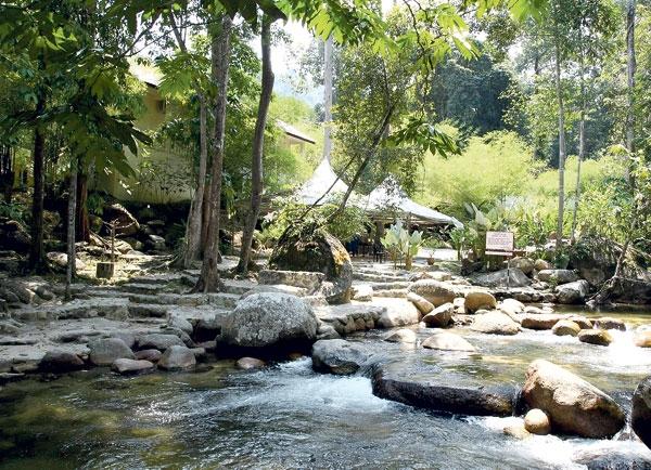Air Terjun Sungai Chiling Di Selangor Lokasi Yang Hebat Panggilan Rimba Dan Desa Melayu Of Air Terjun Sungai Chiling Di Selangor Lokasi Mandi Manda Yang Terbaik Untuk Mandi-manda