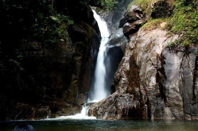 Air Terjun Sungai Chiling Di Selangor Lokasi Yang Terhebat 5 Lokasi Air Terjun Yang Menarik Di Malaysia Zayan Of Air Terjun Sungai Chiling Di Selangor Lokasi Mandi Manda Yang Terbaik Untuk Mandi-manda