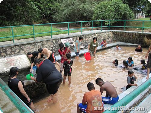 image17 Of Kolam Air Panas Kerling Di Selangor Lokasi Mandi Manda Yang Sangat Nyaman Untuk Pelawat