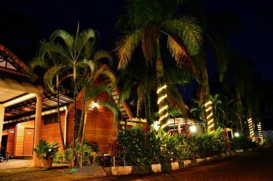 Pantai Paka Di Terengganu Tempat Menarik Yang Cantik Untuk Di Lawati Of Pantai Paka Di Terengganu Tempat Menarik Yang Memukau Untuk Tenangkan Fikiran