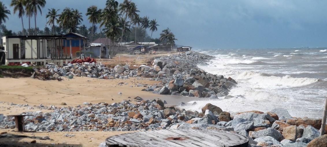 Pantai Paka Di Terengganu Tempat Menarik Yang Hebat Untuk Rehatkan Jiwa Of Pantai Paka Di Terengganu Tempat Menarik Yang Memukau Untuk Tenangkan Fikiran