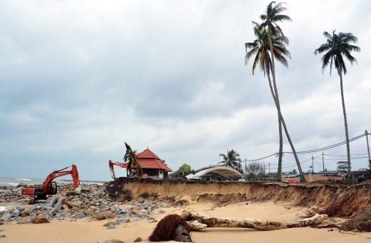 Pantai Paka Di Terengganu Tempat Menarik Yang Memukau Untuk Rehatkan Jiwa Of Pantai Paka Di Terengganu Tempat Menarik Yang Memukau Untuk Tenangkan Fikiran