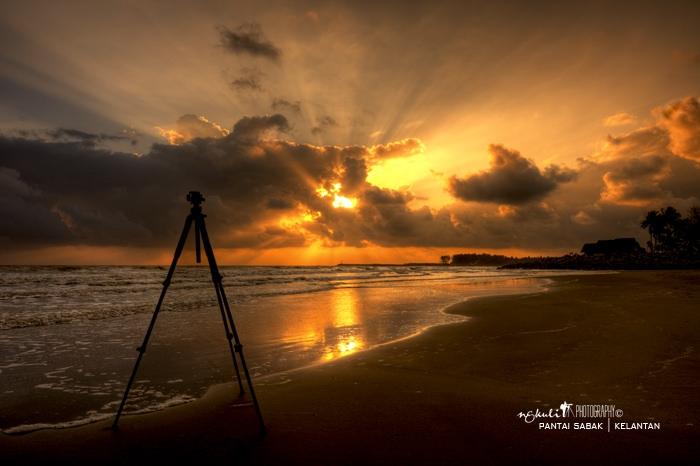 sunrise pantai sabak by ngku li