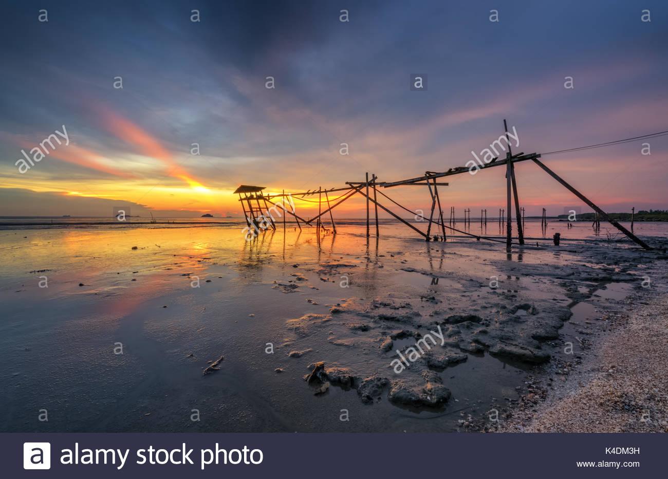 sunset-from-pantai-jeram-K4DM3H Of Pantai Jeram Di Selangor Tempat Menarik Yang Sangat Hebat Untuk Di Kunjungi