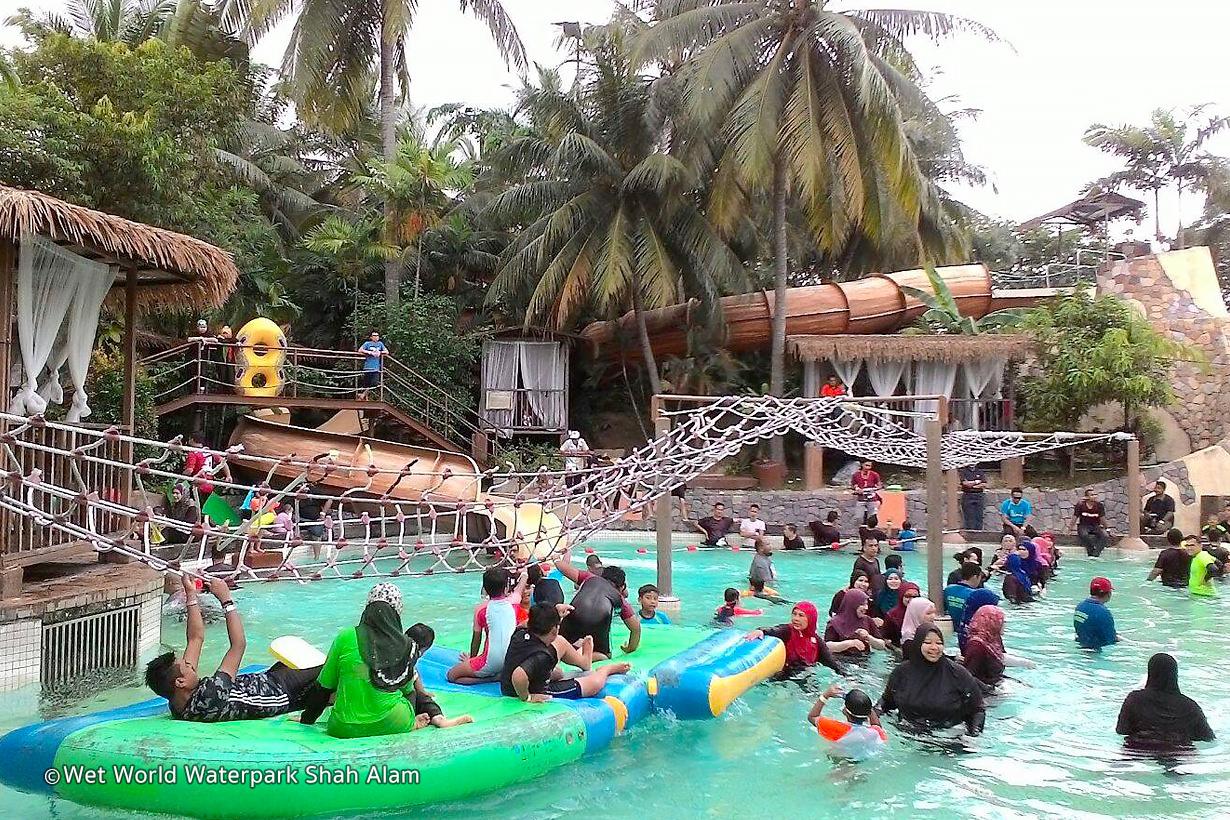 wet-world-water-park-02 Of Wet World Shah Alam Di Selangor Lokasi Mandi Manda Yang Hebat Untuk Pelawat