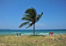 Pantai Penarik Di Terengganu Tempat Menarik Yang Memukau Untuk Rehatkan Minda