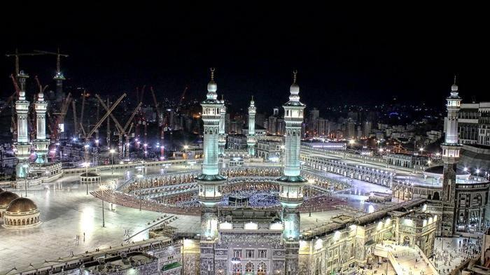 subhanallah inilah 6 masjid terindah di dunia saat malam hari