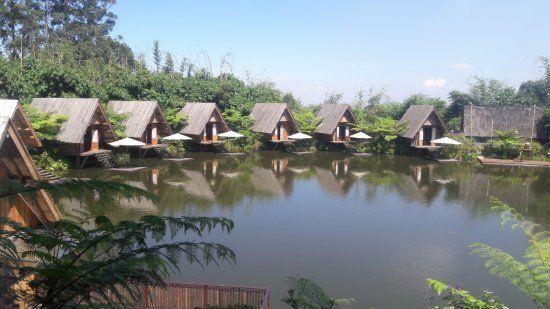 gambar pemandangan bermanfaat pemandangan danau foto dusun bambu family leisure park bandung of gambar pemandangan yang