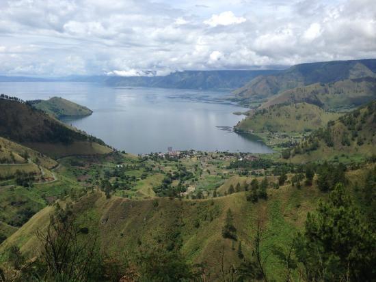 danau toba pemandangan desa tongging
