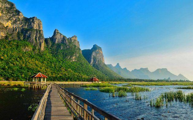 satu lagi tarikan semula jadi kat hua hin taman nasional laut pertama thailand sam roi yod national park yang memberi maksud gunung dengan 300 puncak